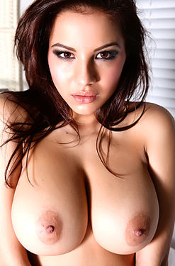 Lacey Banghard The Frank